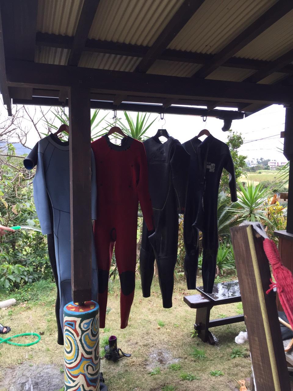 サーフィンを始める方のサーフ用品の買い方について