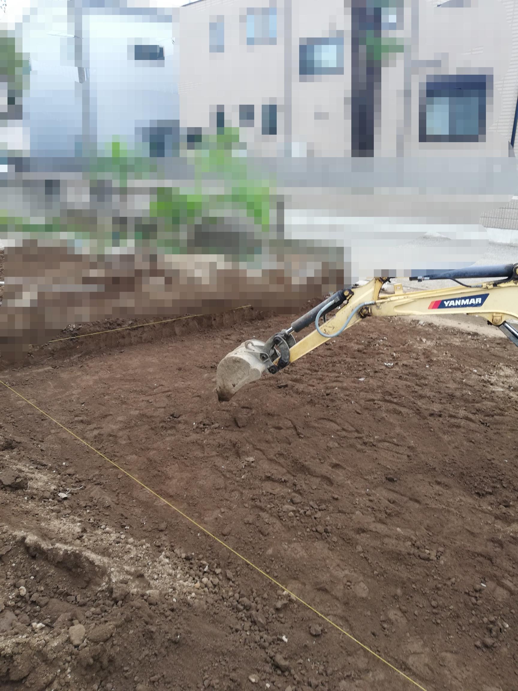 簡単?土間コンの駐車場の作り方!